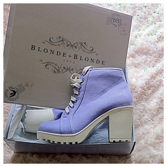 shoes pastel lilac boots ankle boots pastel color fashion fashion boots style stylish