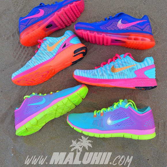 mango shoes volt pink glow total crimson tropical twist id custom swarovski maluhii trainers swarovski nike colourful neon new nike free run Nike Free Runs Tropical Twist Womens nike free 5.0 nike air swarovski nike free runs 5.0 turquoise nike running shoes