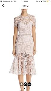 dress,lace dress,pink dress