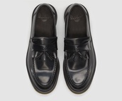 shoes,black,tassel loafers,DrMartens,dms,leather,loafers,chunky shoes