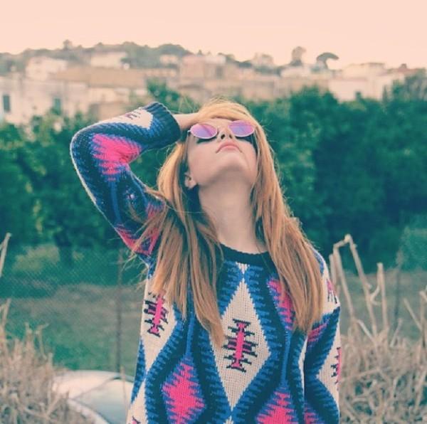 sunglasses sweater oversized sweater aztec sweater aztec t-shirt print fall sweater fall outfits fall outfits mirrored sunglasses