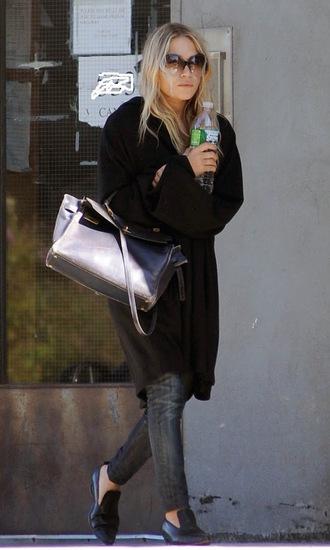 olsen sisters blogger sunglasses cardigan mary kate olsen bag black oversized cardigan jeans skinny jeans shoes