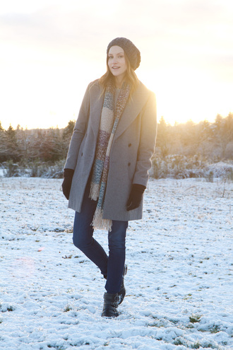 styling my life blogger scarf jeans grey coat winter coat winter outfits knitted beanie gloves coat shoes hat bag