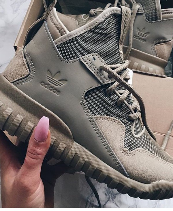 shoes adidas shoes green classic adidas brown beige tan yeezy nude adidas tubular x haute sneakers black high top sneakers adidas timberlands grey sneakers adidas tubulars