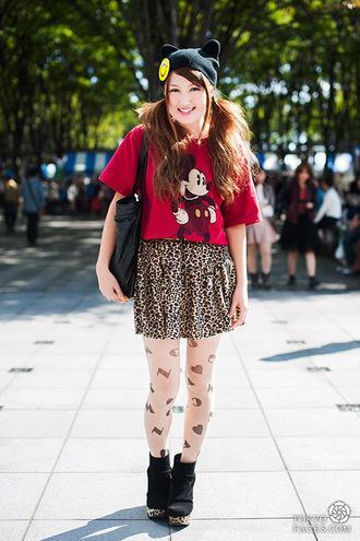 t-shirt mickey mouse disney red t-shirt skirt mini skirt printed skirt tights boots black boots high heels boots beanie bag black bag hat