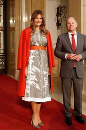dress,melania trump,midi dress,red coat,first lady outfits,coat