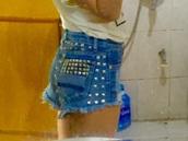 shorts,jeans,denim,rivet