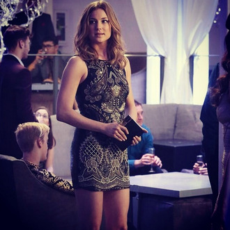 dress revenge emily vancamp emily van de camp black dress cocktail dress gold sequins
