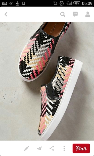 shoes colorful shoes canvas shoes slip ons pink shoes pattern shoes