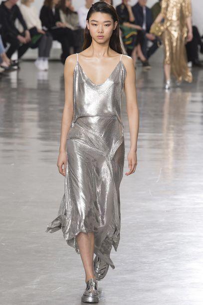 dress paco rabanne silver silver dress Paris Fashion Week 2017 fashion week 2017 runway model