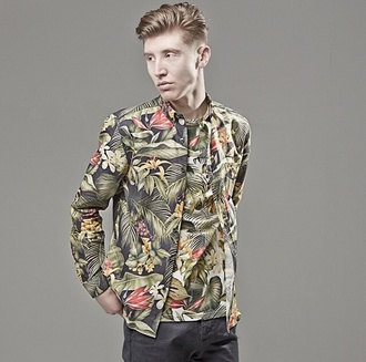shirt green pattern mens t-shirt jacket t-shirt menswear designer fashion color style menswear mens jacket tropical palm tree print