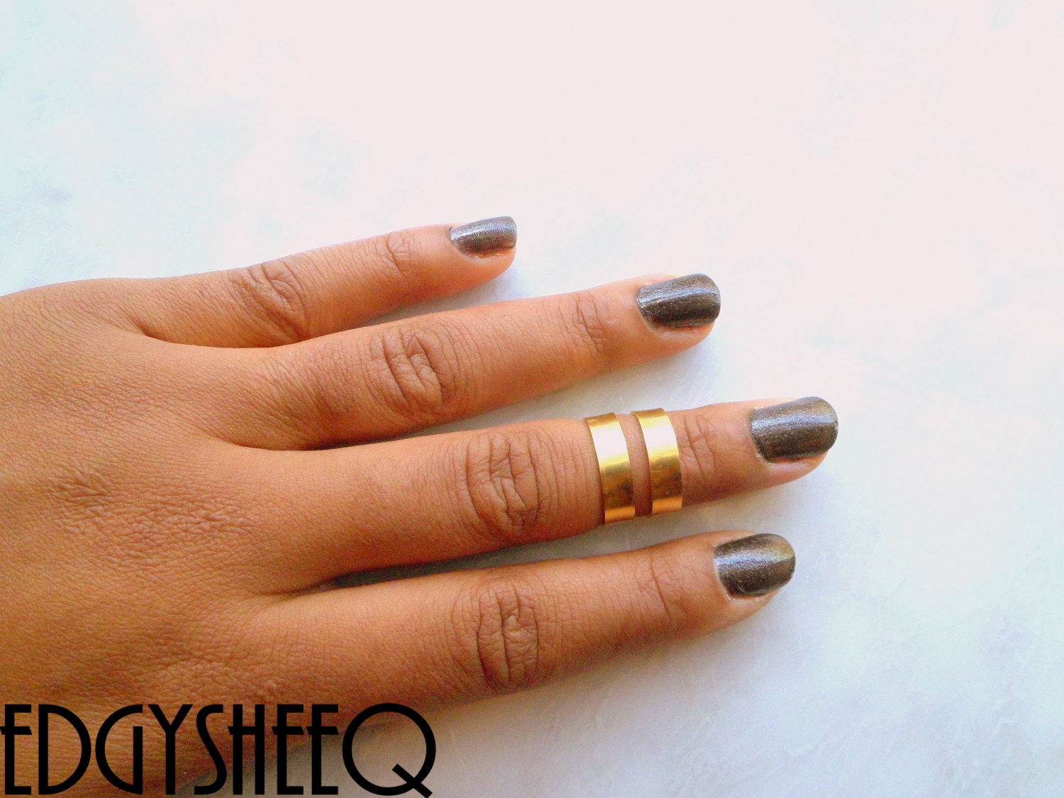 Gold Knuckle Ring,1 Smooth Band, Adjustable Midi Ring, Stacking rings, Edgysheeq statement rings for everyday Flair