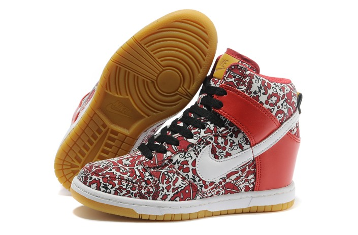 WMNS Nike Dunk Shy High City Shoes New Outlet Red White
