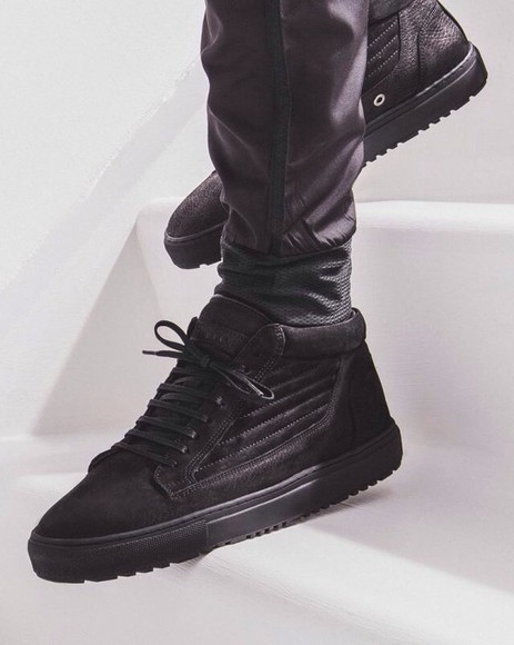 mens shoes sneakers