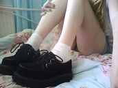 shoes,black,black shoes,platform shoes,black platforms,hipster,hip,old man,retro,cool,dope,lovely,lace up,amazing,tiny,chic,hippie chic,dope shit