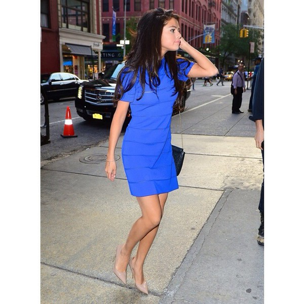 selena gomez blue dress shoes
