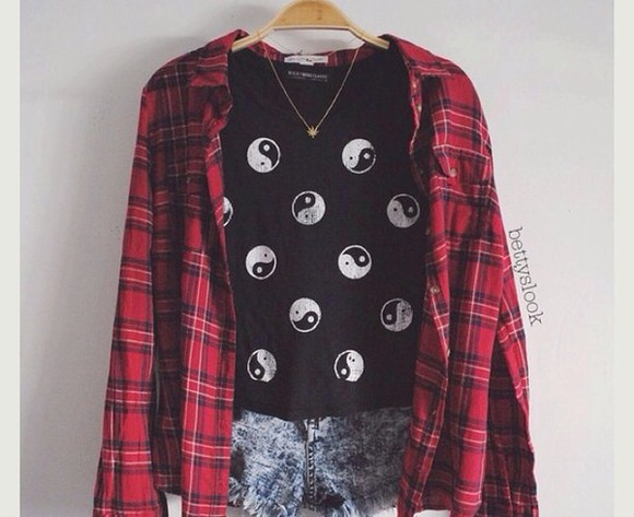 t-shirt yin yang black top