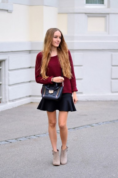 knitted sweater burgundy blogger bag by annna
