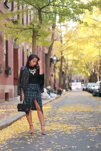 i am khatu blogger fall outfits fall skirt plaid skirt slit skirt