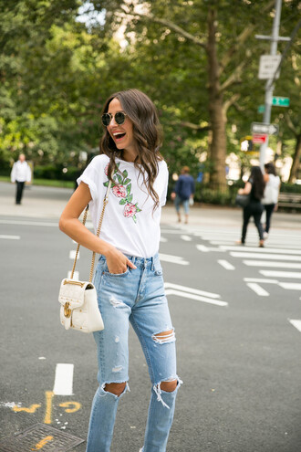 t-shirt denim boyfriend jeans white leather bag sunglasses blogger blogger style embroidered rose embroidered distressed denim jeans satchel bag