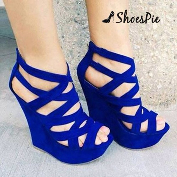 Shoes: blue shoes, high heels - Wheretoget