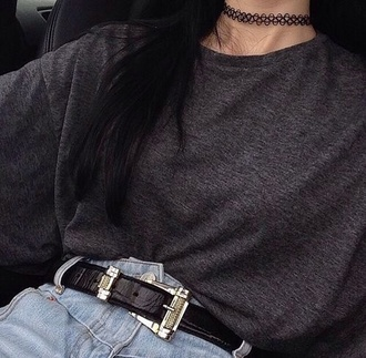 jeans shirt high waisted shorts high waisted jeans boyfriend jeans grunge hipster jewels necklace jewelry choker necklace black choker grunge jewelry