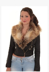 jacket,black leather jacket with brown fur collar