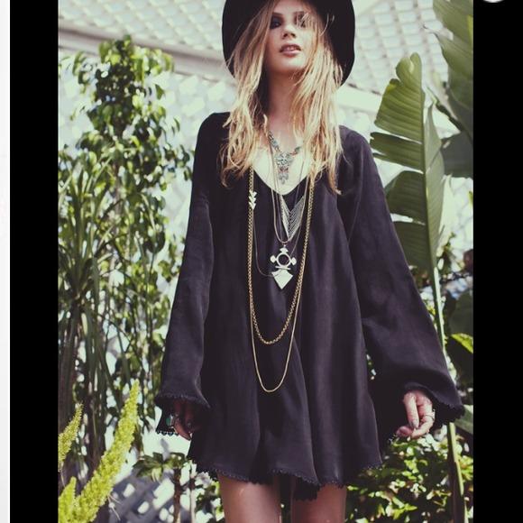 For love & lemons black daytripper dress from jasmin's closet on poshmark