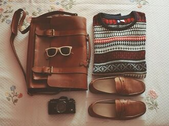bag shoes sunglasses back to school winter sweater leather bag loafers hipster menswear sweater autumn shoes indie hipster grunge fall outfits menswear unisex mens slip ons mens messenger bag messenger leather bag leather bags for men leather messenger autumn/winter sholder bag camel brown bag backpack school bag college boyish satchel bag