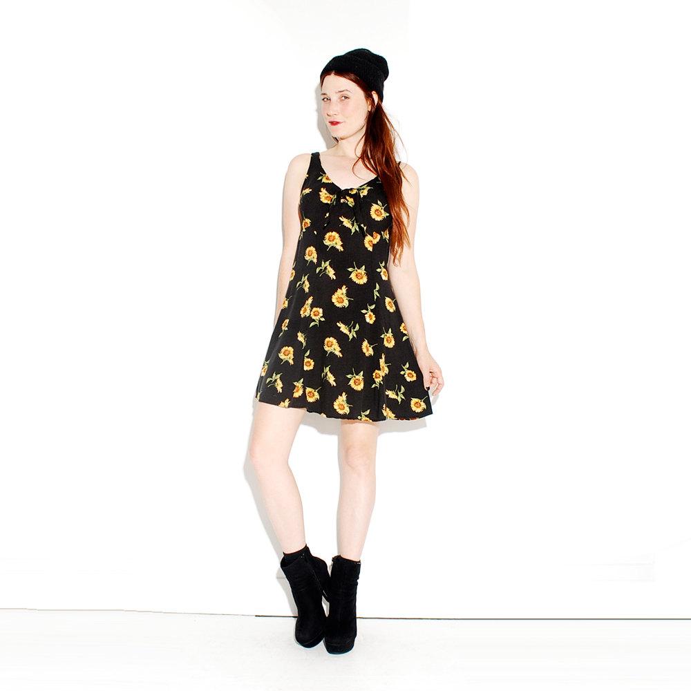 90s sunflower dress // soft grunge floral dress 90s grunge black sun dress sea punk kawaii, festival dress 90s skater dress // xs small