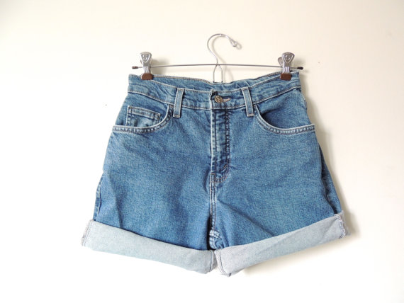 Highwaisted shorts / size 3 by urbncatfitters on etsy