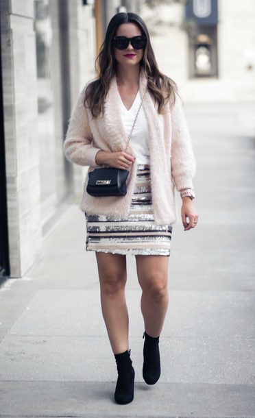 live more beautifully blogger skirt t-shirt cardigan shoes jewels bag sunglasses fall outfits ankle boots mini skirt sequin skirt