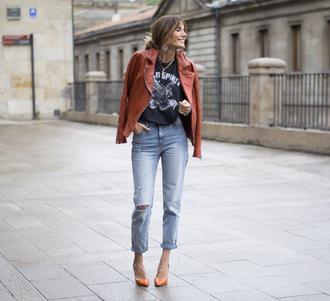shirt jeans jacket rebel attitude shoes blogger jewels pumps black t-shirt leather jacket