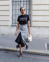 top,black t-shirt,printed t-shirt,midi skirt,asymmetrical skirt,high waisted skirt,sandals,sunglasses,earrings,handbag