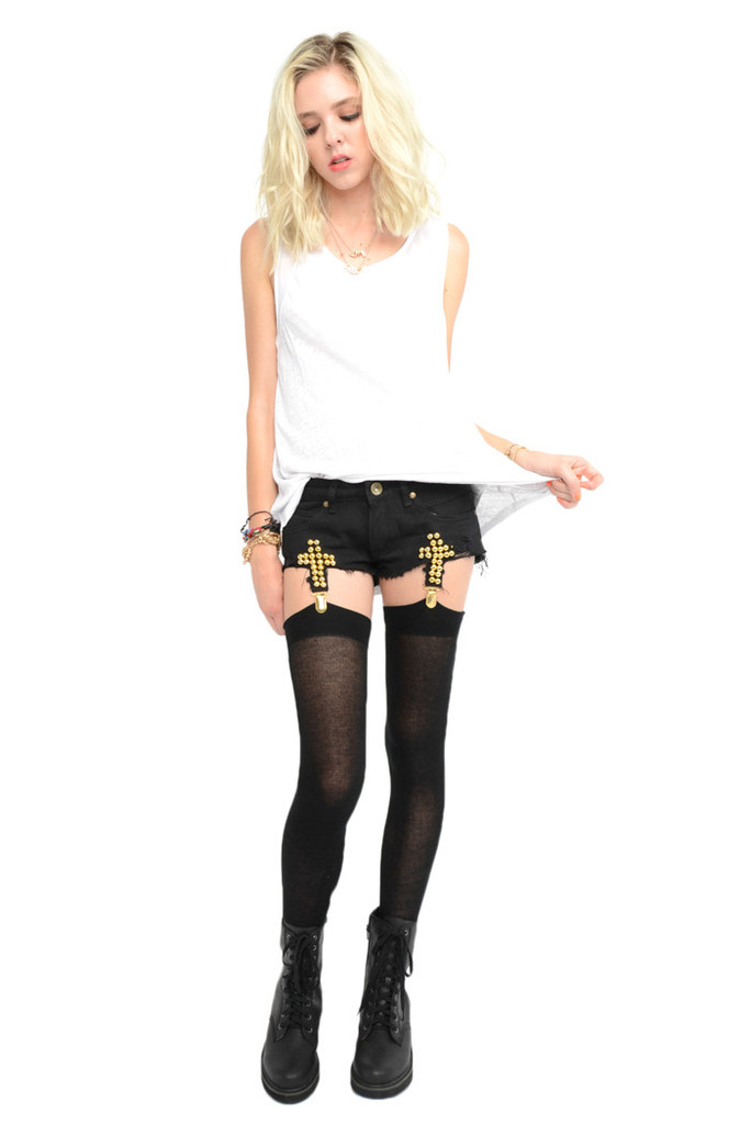 Off suspender shorts