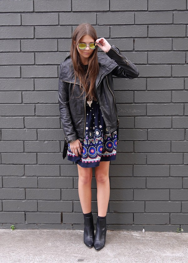 spin dizzy fall jacket shoes t-shirt jeans bag