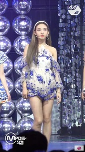 romper,twice,dance the night away,nayeon,kpop,korean fashion,korean style,korean celebrities,jyp