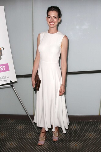 dress anne hathaway maxi dress white dress sandals summer dress
