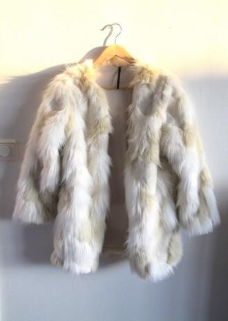 coat fur coat faux fur coat jacket fur jacket fur faux faux fur soft secondhand new clothes tumblr clothes