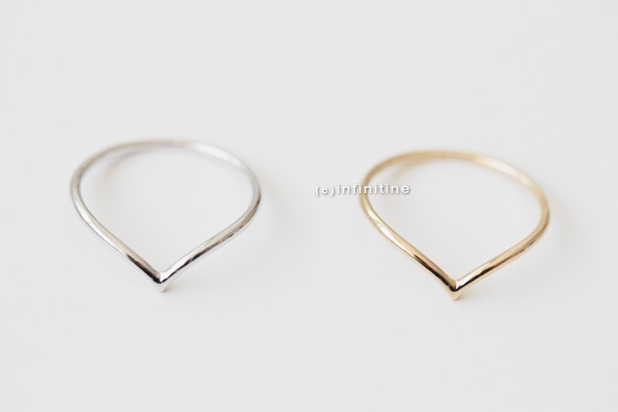 set 2 chevron rings