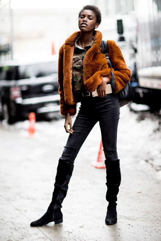jacket tumblr nyfw 2017 fashion week 2017 fashion week streetstyle mustard mustard jacket fur jacket faux fur jacket denim jeans black jeans boots black boots flat boots backpack black backpack winter outfits winter look