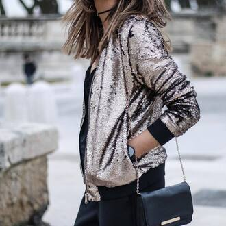 jacket tumblr metallic sequins gold sequins sequin jacket pants black pants bag black bag chain bag black watch watch