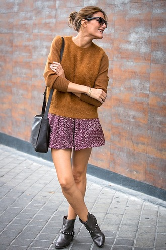 le fashion image blogger sweater bag skirt