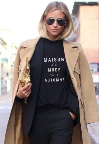 t-shirt black blazer camel coat aviantors gold clutch zipper clutch black t-shirt slogan t-shirts black trousers streetstyle