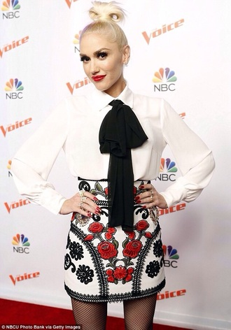 skirt gwen stefani embroidered ethnic roses mini skirt embellished skirt