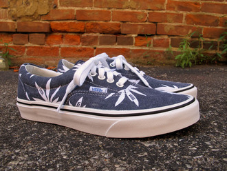shoes vans palm tree print weed weed socks navy vans of the wall lace up