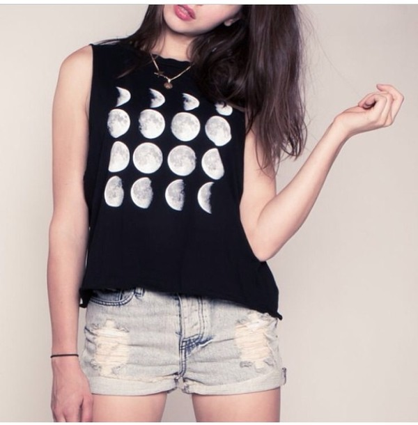 shirt moon black white cropped no sleeves summer