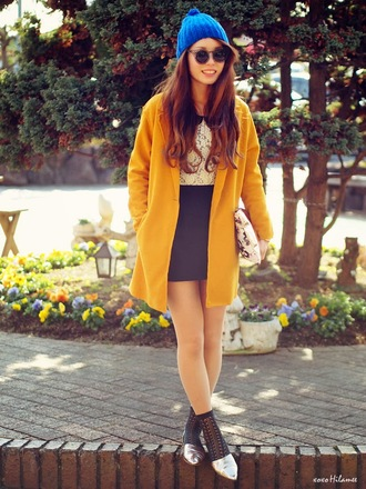 xoxo hilamee t-shirt skirt shoes coat sunglasses hat bag sweater