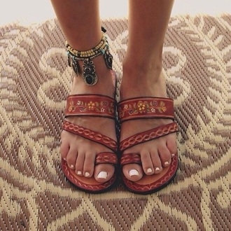 shoes jewels beach shoes sandals brown shoes summer leather aztec open toes boho gypsy flip-flops beige nude strappy bohemian tribal pattern brown sandals brown leather sandals boho chic indie boho hippie hippie chic strappy flats strappy sandals summer shoes floral floral sandals floral shoes summer accessories brown flip flops tan cute red sandals floral print shoes brown leather sandals flat sandals