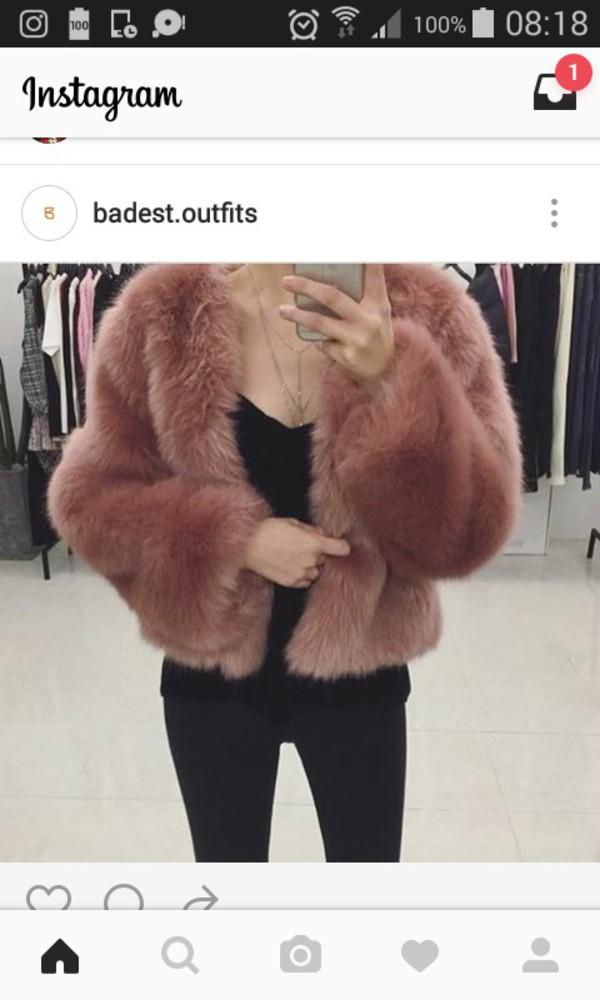 coat doux manteau hiver winter outfits class classy mode pink rose pale laine fausse fourrure fourrure